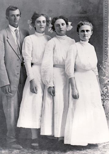 Roark Sisters