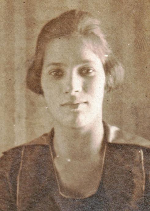 Julia (Veland) Uphouse